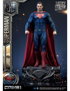 Justice League statuette...