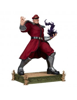 Street Fighter statuette...