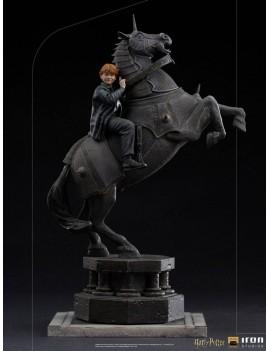 Harry Potter statuette...