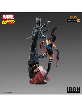 Marvel Comics statuette...