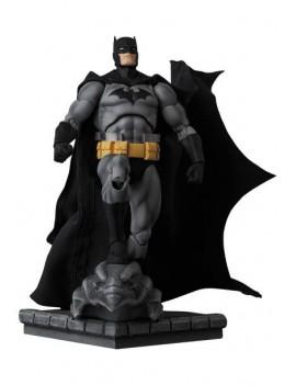 Batman Hush Figurine MAF EX...